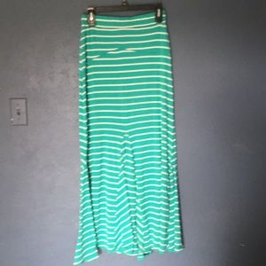 Poof brand Maxi skirt size Medium